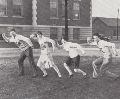 Knoxville High School Cheerleaders 1928
